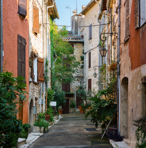 The Streets are Alive in Vence