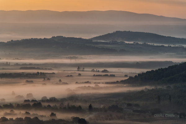 Misty Sunrise in the Vallys below Gordes